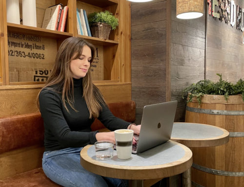 """Meet Lena – """"I'm taking my workplace with me"""""""